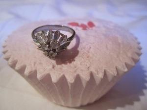 ring on  cupcake