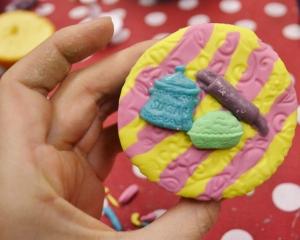 Sugar jar cupcake
