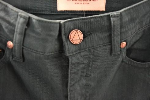 ELEVEN PARIS - Pants